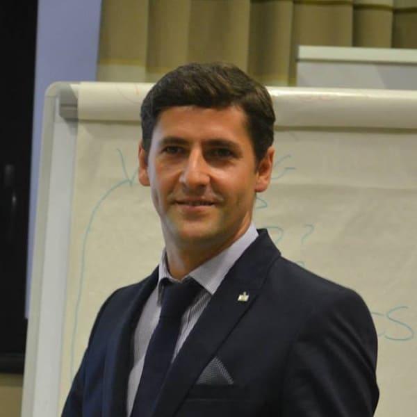 Răzvan Curcubată